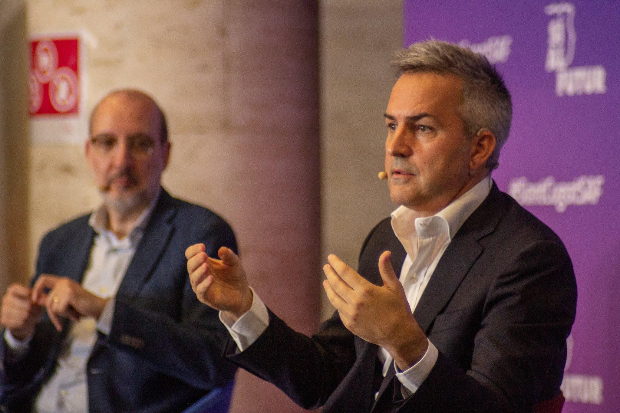 Víctor Font presentará el proyecto Sí al futur en Vic en una conversación con Antoni Bassas este jueves, en el edificio El Sucre