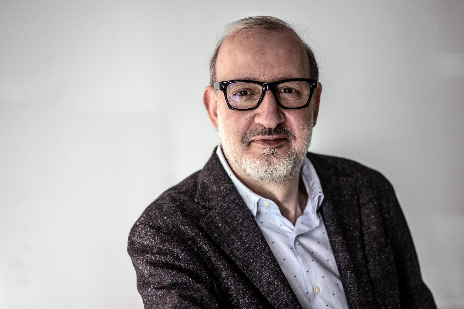 Víctor Font presenta Antoni Bassas com a número 2 de Sí al futur
